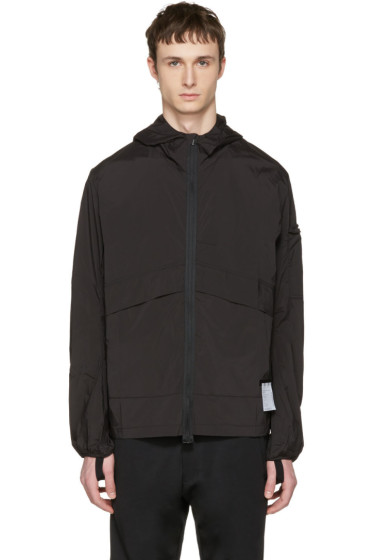 Satisfy - Black Packable 'Run Away' Windbreaker