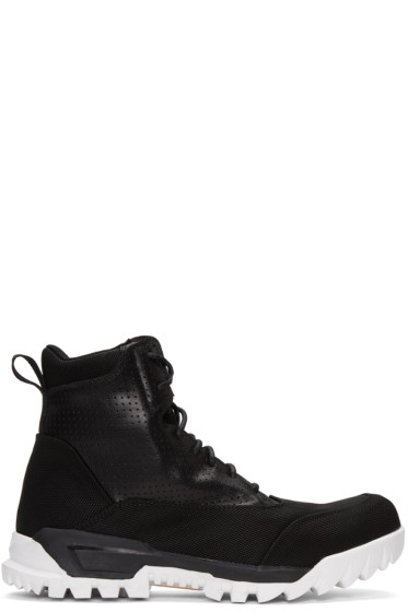 Stone Island - Black Lace-Up Boots