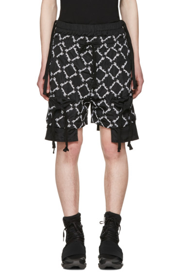 KTZ - Black Gathered Pockets Shorts