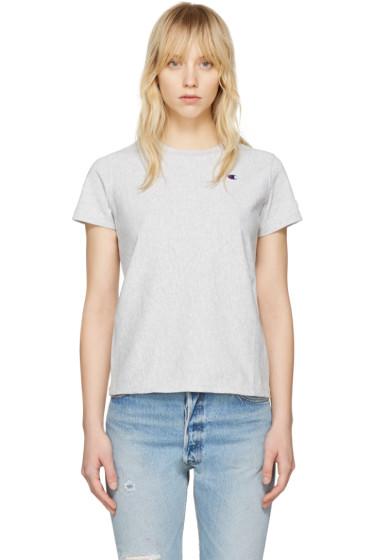 Champion Reverse Weave - Grey Small Logo T-Shirt