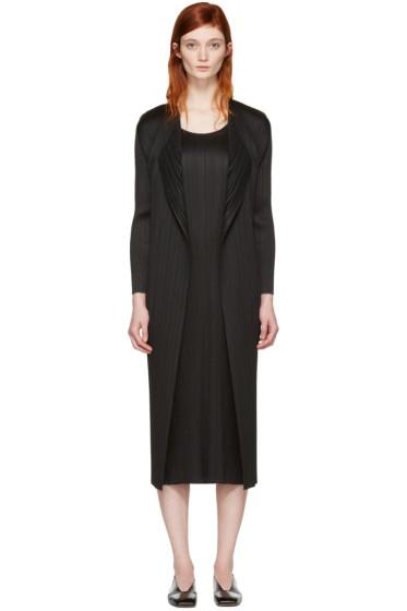 Pleats Please Issey Miyake - Black Pleated Duster Coat