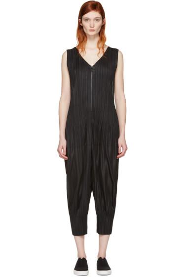 Pleats Please Issey Miyake - Black Pleated Jumpsuit