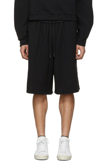 Off-White - Black Quotes Shorts