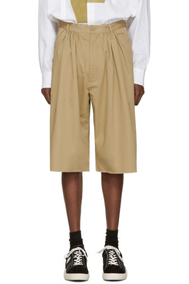 Bless - Beige Pleated Bermuda Shorts