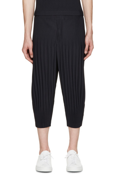 Homme Plissé Issey Miyake - Navy Pleated Cropped Lounge Pants