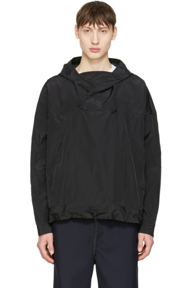 Undecorated Man - Black Pullover Jacket