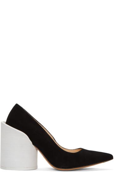 Jacquemus - Black 'Les Chaussures Saintes' Heels