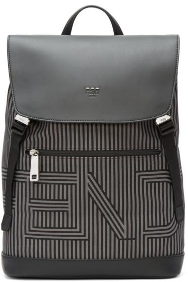 Fendi - ブラック & グレー ストライプ ロゴ バックパック