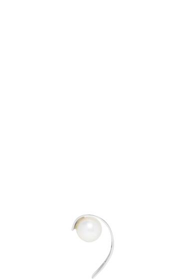 Saskia Diez - Silver Stripe Pearl Ear Cuff