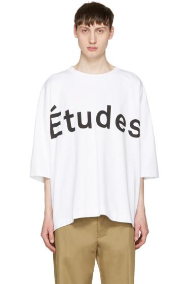 Etudes - ホワイト デザート ロゴ T シャツ