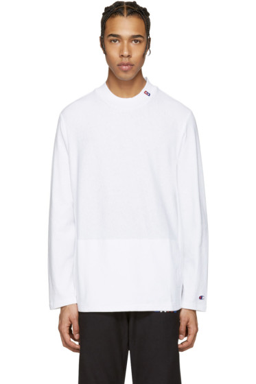 Champion x Beams - White Mockneck Logo Pullover