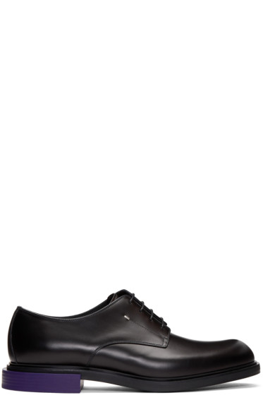 Fendi - Black Contrast Sole Derbys