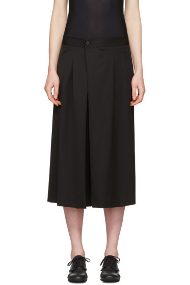 Y's - Black Cropped Tuck Trousers