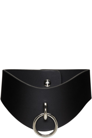 Fleet Ilya - Black O Ring Curved Collar