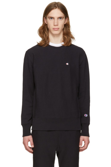Champion Reverse Weave - Black Logo Patch Pullover