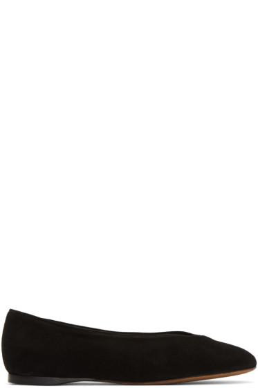 Alumnae - Black V-Line Slippers