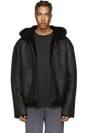 YEEZY - ブラック ショート シアリング ジャケット