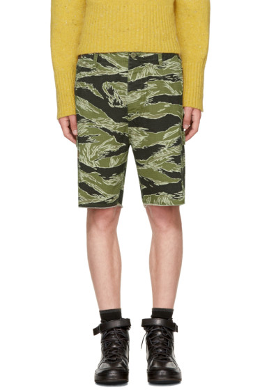 - Green Jungle Army Shorts