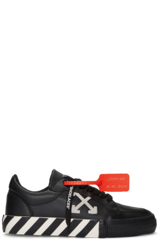 Off-White Black & White Low Vulcanized Sneakers 201607M237153