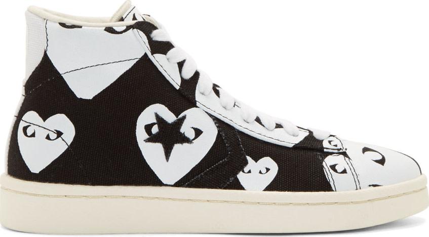 Comme des Garçons Play Black & White Heart Print Converse Edition High-Top Sneakers