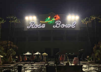 UX:The Rose Bowl Flea Market