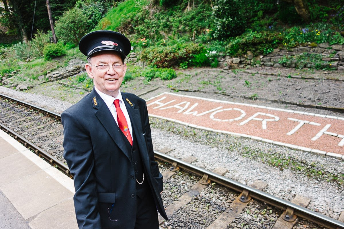 conductor at the haworth train station