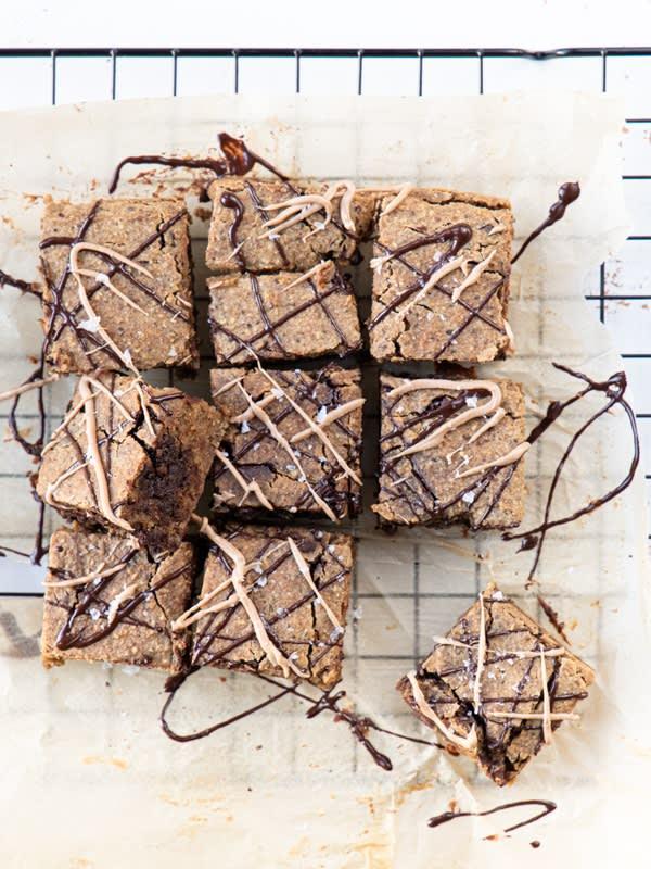 Kikærteblondie - vegansk og fri for raffineret sukker