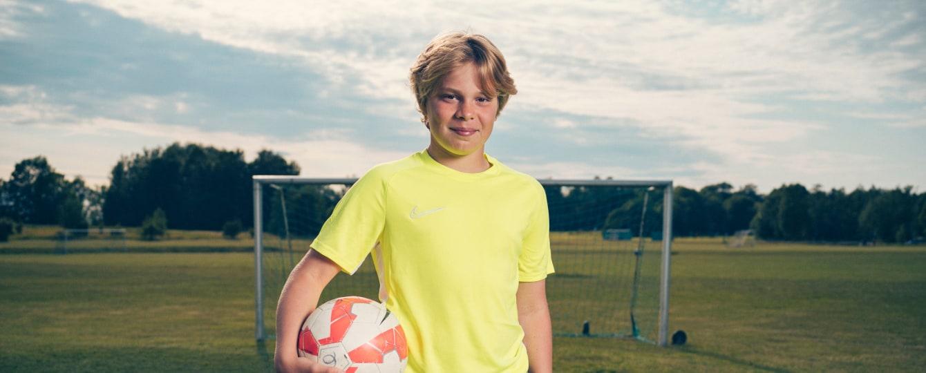 Fotbollsläger 2020 - träna fotboll i sommar på Stadium Sports Camp