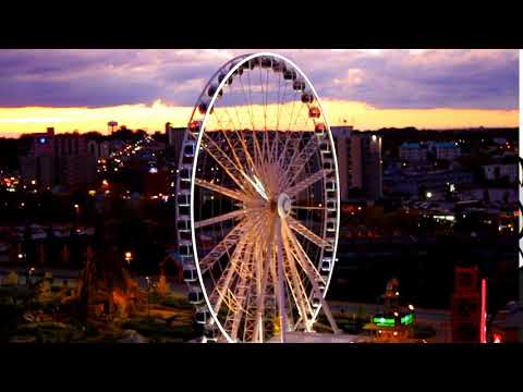 Ferris Wheel (Stock Footage)