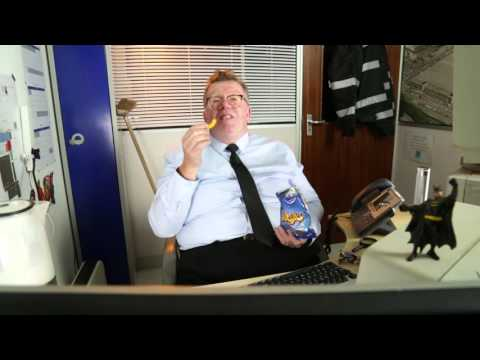 Barry Pigeon Protects - Ep 01. Starring Dave McClelland as Barry Pigeon