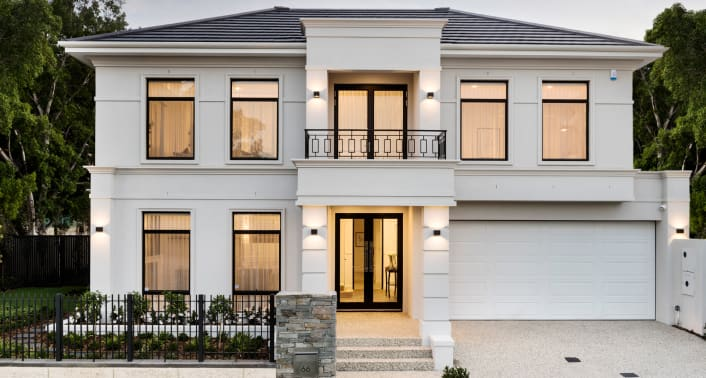 luxury home builders