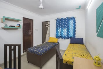 Best paying guest in Delhi