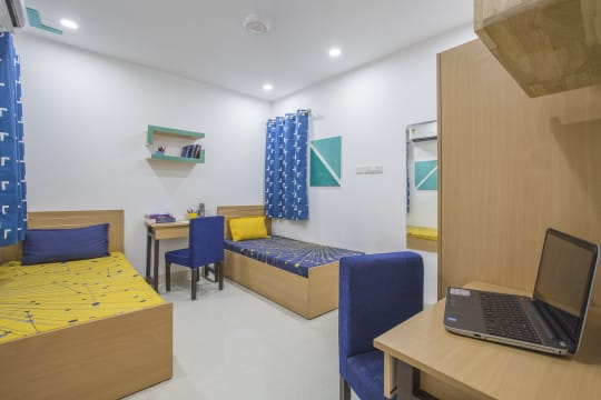 Colombo House PG in North Campus Delhi
