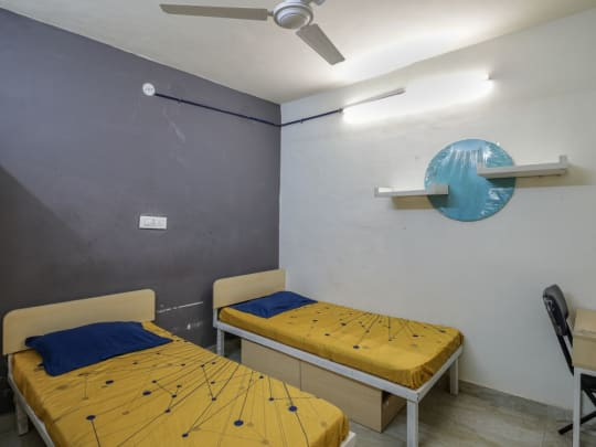 Hiroshima House PG in South Campus Delhi