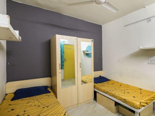 PG rooms in Delhi