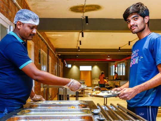 PG accommodation in Hyderabad with food