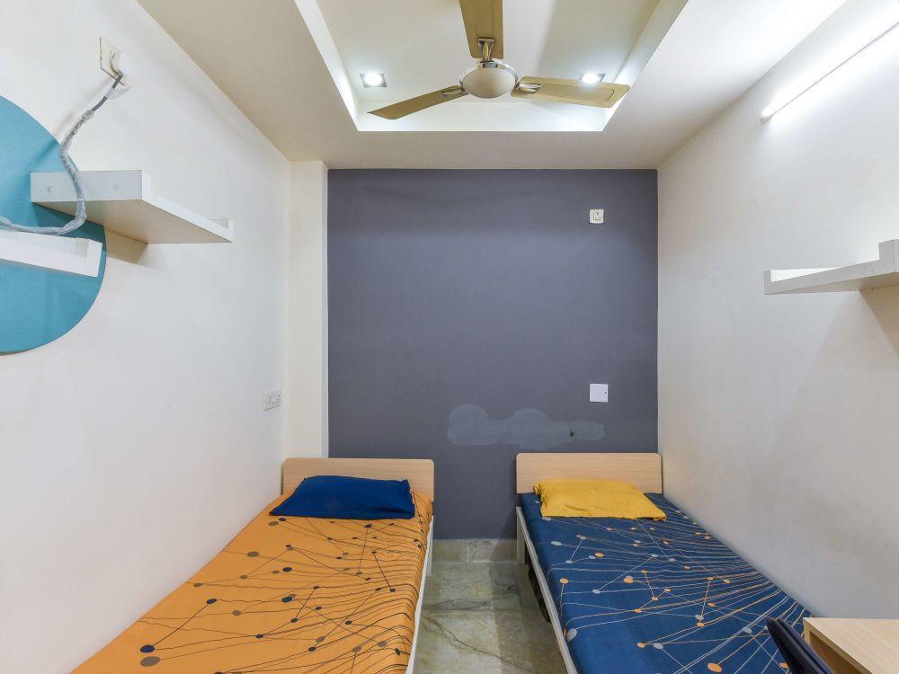 Quito House PG in Laxmi Nagar Delhi