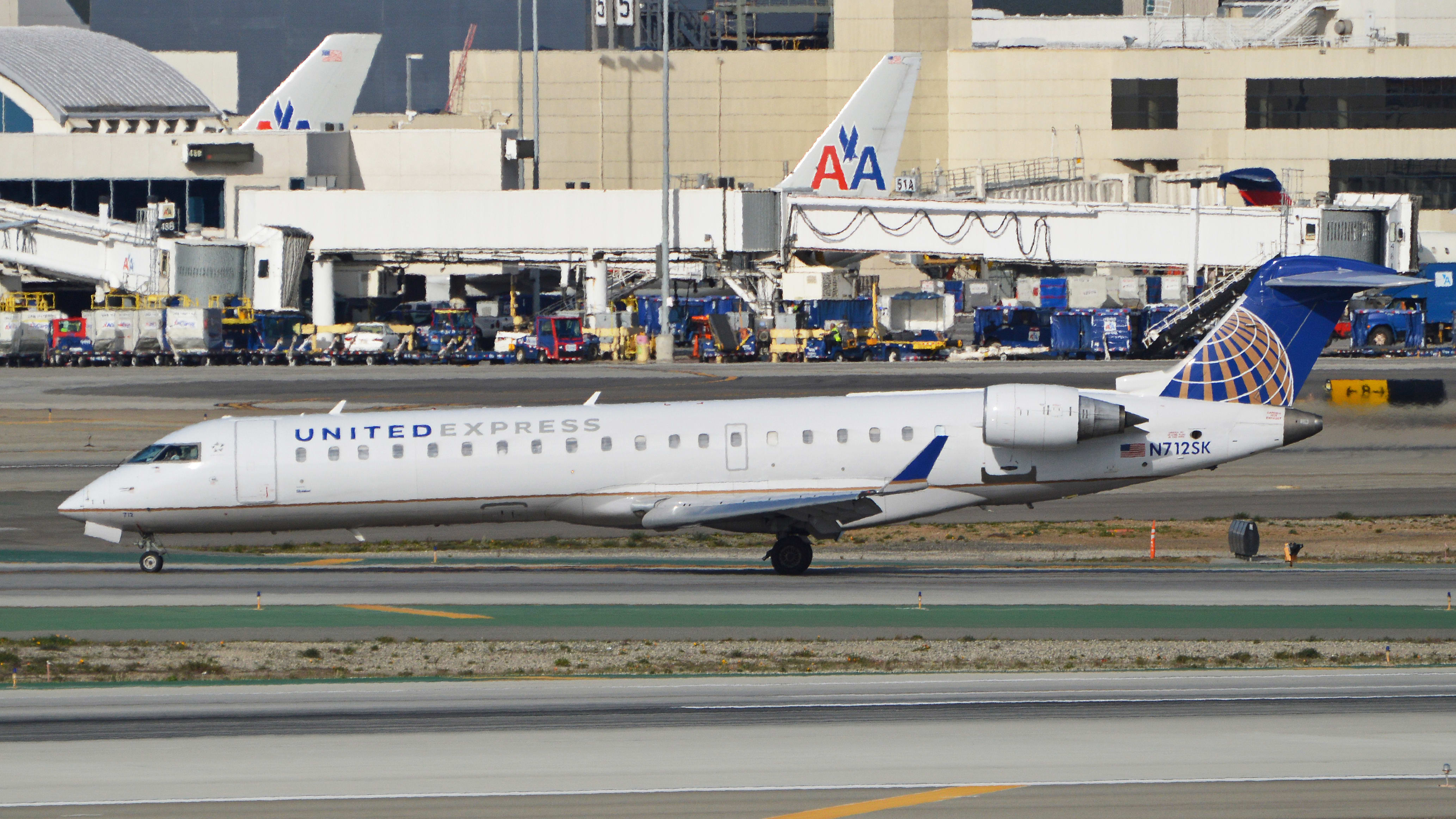 Bombardier CRJ-701ER