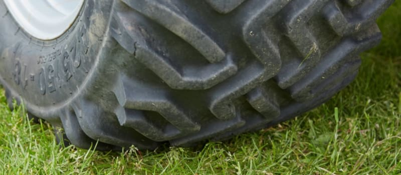 A desert tyre becomes a snow tyre