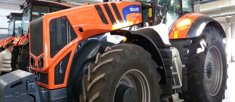 STARCO wins contract to supply wheels and tyres for Terrion tractors