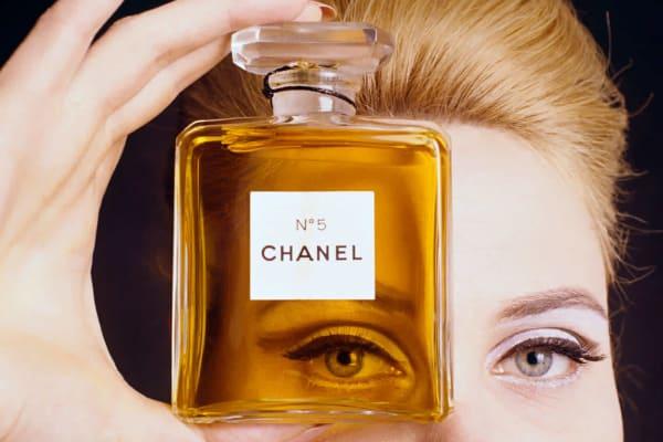 История создания легендарного аромата «Шанель № 5» (у знаменитой Коко ничего бы не получилось без эмигранта из России)