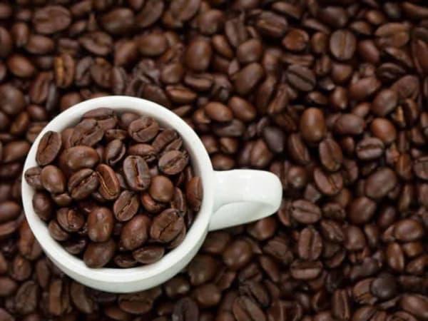Кофеин против ожирения и похмелья, а также сколько чашек кофе убьют человека - интересные факты о кофеине