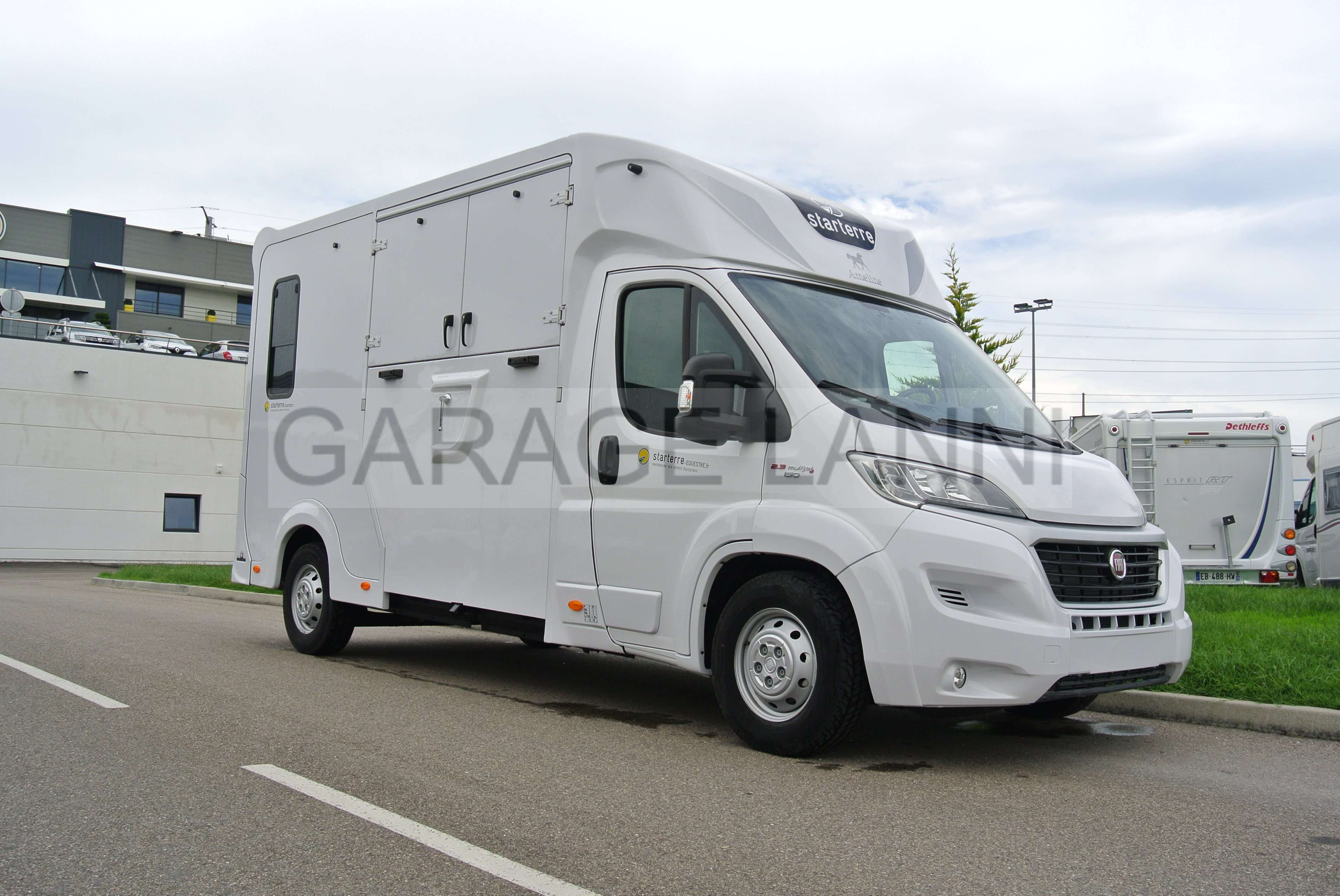 Camion Chevaux Aml Haras Grande Sellerie Chatenoy Le Royal