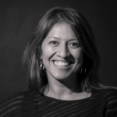 Ana Milena Salamanca (Keynote 2: Transitando de la academia al mundo corporativo sin perder la esencia)