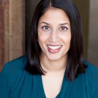 Sameena Mustafa ()