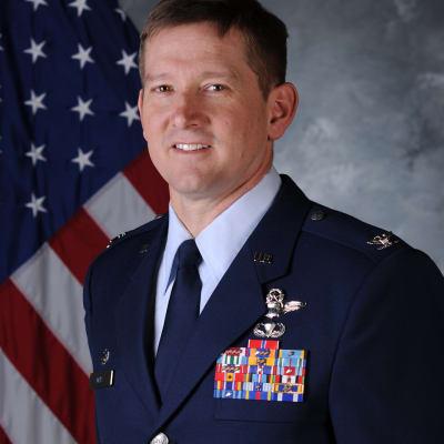 Derek M. Oaks (U.S. Airforce)