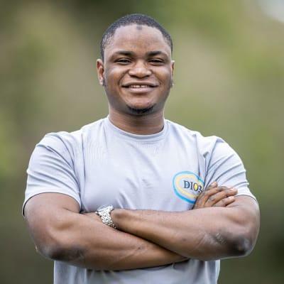 Nádia Vieira (LinkedIn)