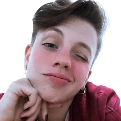 Letícia Schuli's avatar.'