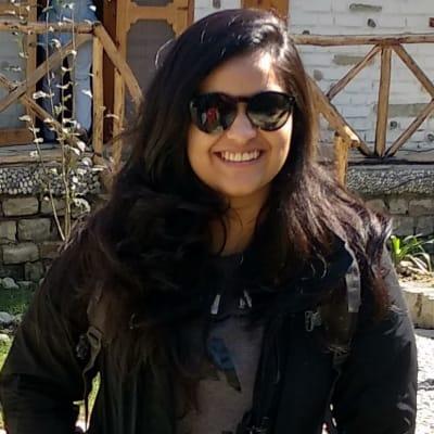 Surbhi Mahajan ()