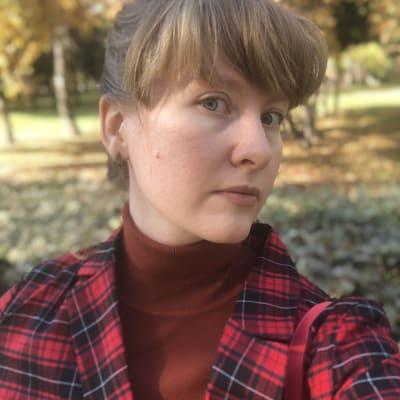 Anna Zharkova ()